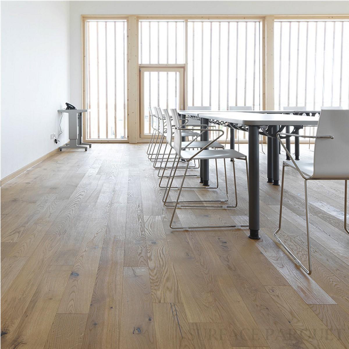 Parquet Chêne Contrecollé Brossé Vernis Blanc 10x150 - Qualité Rustique