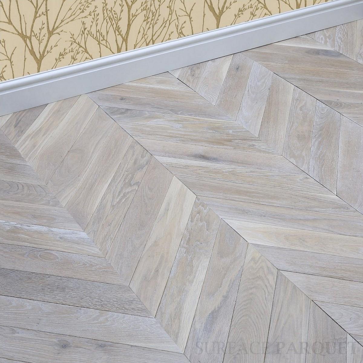 parquet point de hongrie ch ne old grey 20x100 rustique. Black Bedroom Furniture Sets. Home Design Ideas